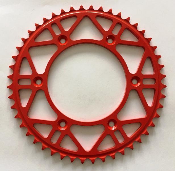 červená ocelová rozeta honda